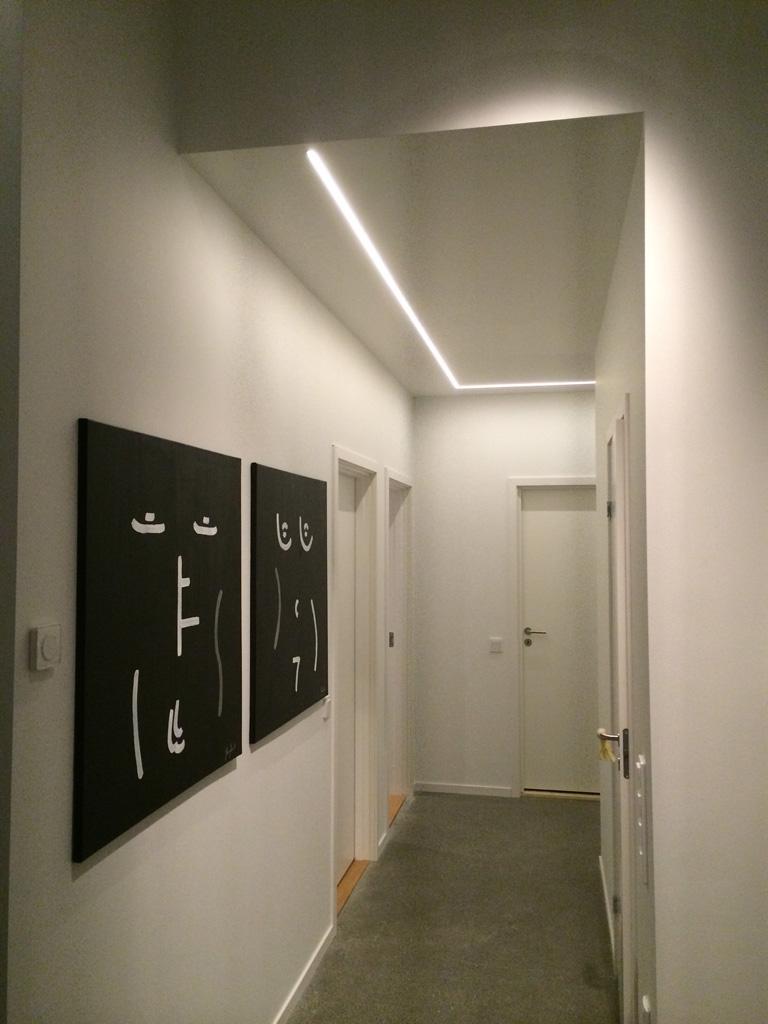 LED tejp och aluminiumprofil infällt i innertak